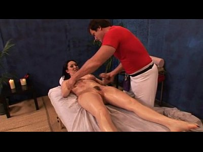 Milf Getting New Massage Experience - WebCumming