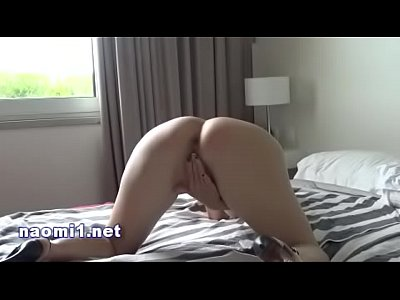 sex intimity with naomi and nico