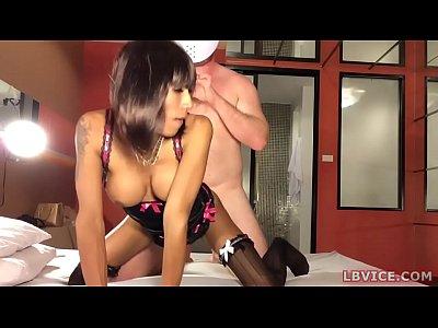 Ladyboy PrettyBee Ass Fucked
