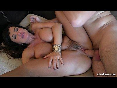 LiveGonzo Lisa Ann Pussy Fucked Mature Beauty