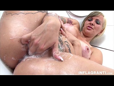Shower Cleanup With Jill Diamond