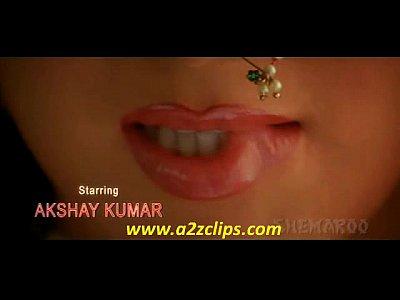 Diya Mirza Hot Clevage (High Quality)