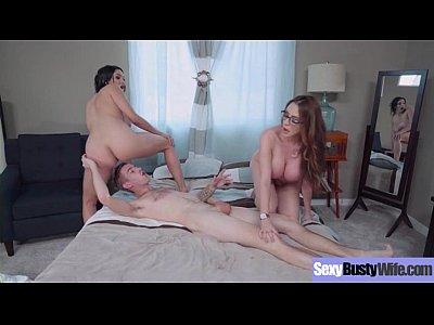 Sex Hard Bang With Big Juggs Hot Mommy (Ariella Ferrera & Missy Martinez) vid-05