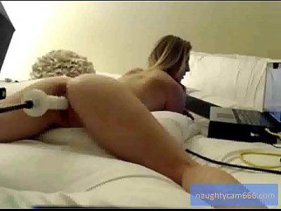 Julia Gets Fucked By Machine   naughtycam666.com