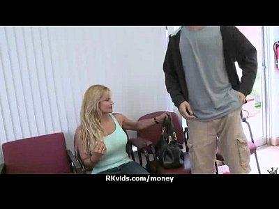 Amateur lets the pussy talk 6