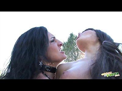 Carla y Carmen se comen el coño