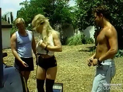 Katilyn Ashley, a Blonde Bombshell in an...