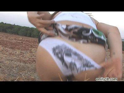 Emily18 little whore outdoor - AmateurAndGroupSex.com