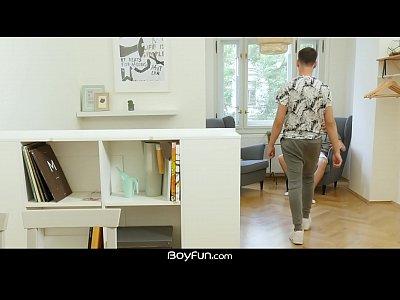 BoyFun - Twink Evan Ryker Barebacks Max Trey