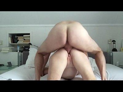 amateur wife tricks friend in eating his own cum