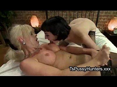 Busty blonde tranny fucks brunette babe