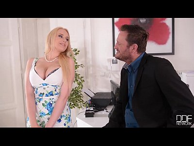 Busty Blonde Singer Fucks her Manager like a Machine!
