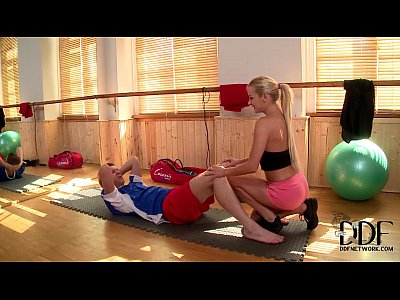 Sexy Blonde Trainer Kelly White Gets A Hardcore Cock Workout