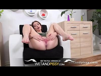 Wetandpissy - Xiana - HD Pissing