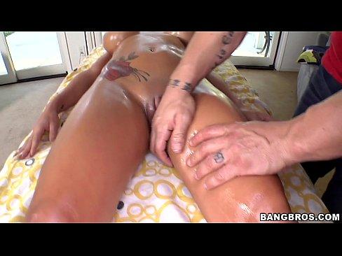 MILF gets a Special Massage