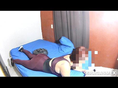 coje con su yerno después de hacer Yoga