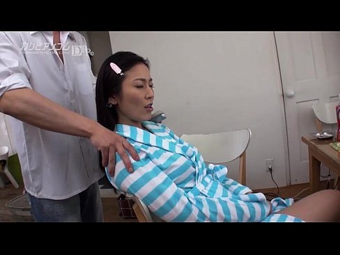 Beautiful Asian MILF loves to Fuck and eats Sperm