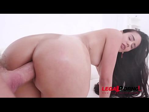 Andreina De Luxe assfucked by Chris Diamond's huge cock SZ2193