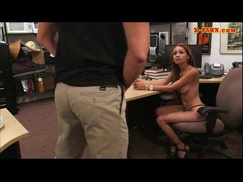 Big tits amateur tattooed slut sells her stuff and nailed