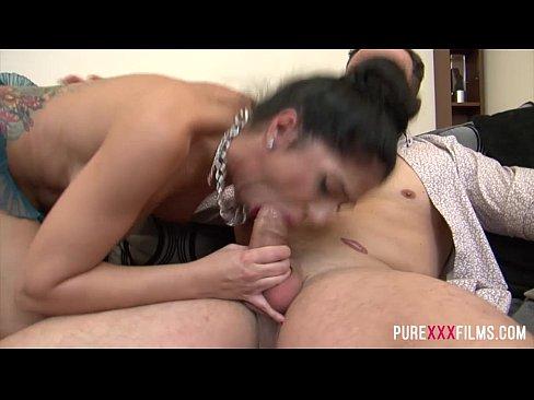 Julia de Lucia gets revenge from her BF best mate