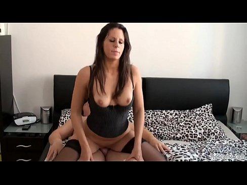 Hostess fucked in hotel room - 1to1cams.com