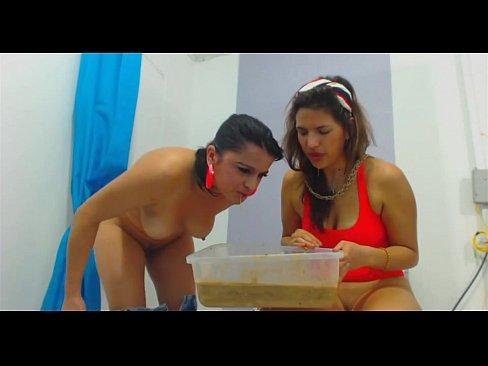 2 Girls Puking