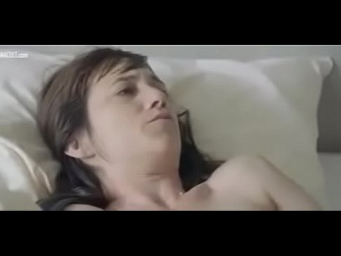 Charlotte Gainsbourg Mia Goth nude from Nymphomaniac Vol. 2 - XVIDEOS.COM