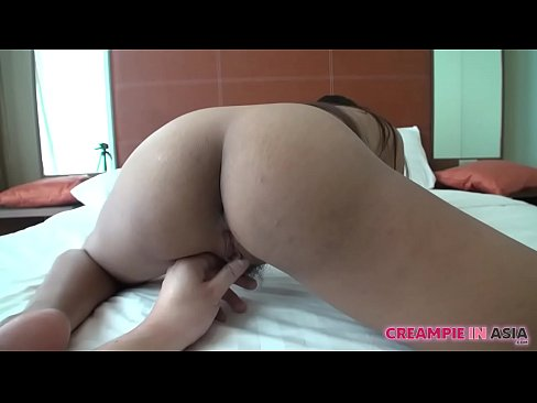 Young Thai girl fucked by Japanese tourist