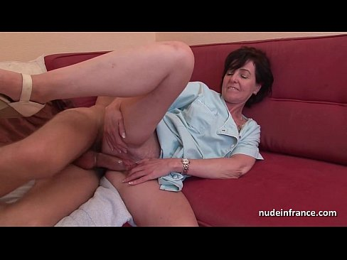 French mom seduces young boy sucks his big cock and gives her ass
