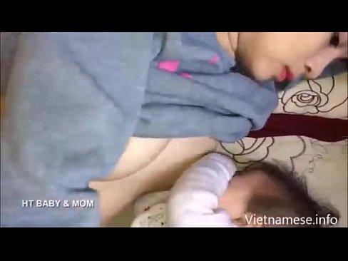 รวมคลิปคุณแม่วัยใสสาวเวียดนามให้นมลูกอ่อน บอกเลยว่าแต่ละคนนมสวยตั้งเต้าน่าดูดโคตรๆ ยังเป็นวัยรุ่นอยู่เลย   เว็บหนังโป๊ XXX หนทางขึ้นสวรรค์ชั้น 7