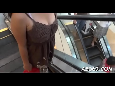Fucking a thai whore so hard