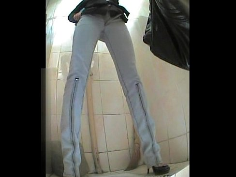 Russian woman toilet - XNXX.COM->