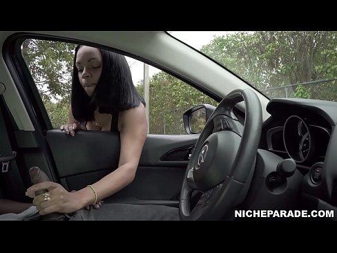 NICHE PARADE - Black Latina With Big Tits Boldly Gives Handjob In Public - XNXX.COM->