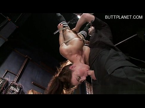 Cute girlfriend sucking big dick