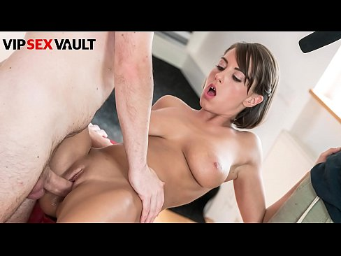 VIP SEX VAULT - Ryan Ryder Tease And Fucks On Casting With A Busty Czech Teenager #Anabell