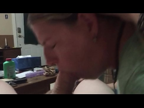 Friend hot wife going down for a mouthful