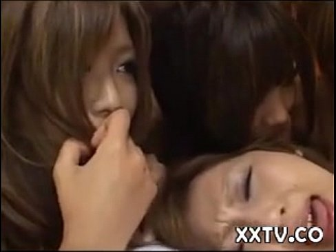 4 Japanese Girls Orgy (中出)creampie