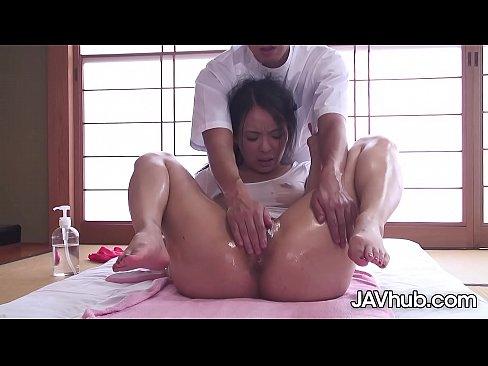 JAVHUB JAV pornstar Ichika Aimi massaged then fucked