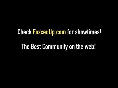 Cute Black Girl Jenna Foxx Cums With Carmen Valentina!