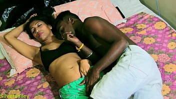 XVIDEOS Indian Hot couple sex:: New viral video free