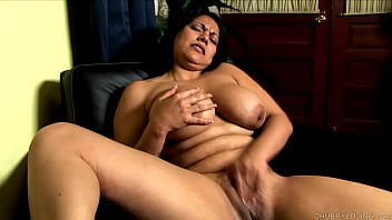 Cute Chubby Bru nette With Nice Big Natural Ti  Big Natural Tits Fucks Her Juicy Fat Pussy
