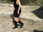camera cach&eacute_e robe noire