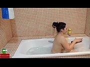Masturbating at bath time