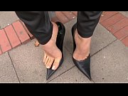 cams4free.net - smoking and shoeplay in.