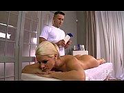 thumb Czech Blondi e Gets A Massage And Gives A Blowjob