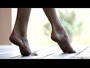 thumb Footjob With Do ris Ivy