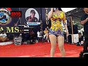 Indonesian Erotic Dance Pretty Sintya Riske Wild Dance on stage