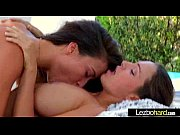 Lesbo Girls Play On Camera Using Tongue And Sex Toys vid-29