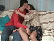 momlick.com-zreloe-porno-video-sofa-mesto-gde-mojno-trahnut-mat