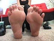 Jenna'_s sweaty feet